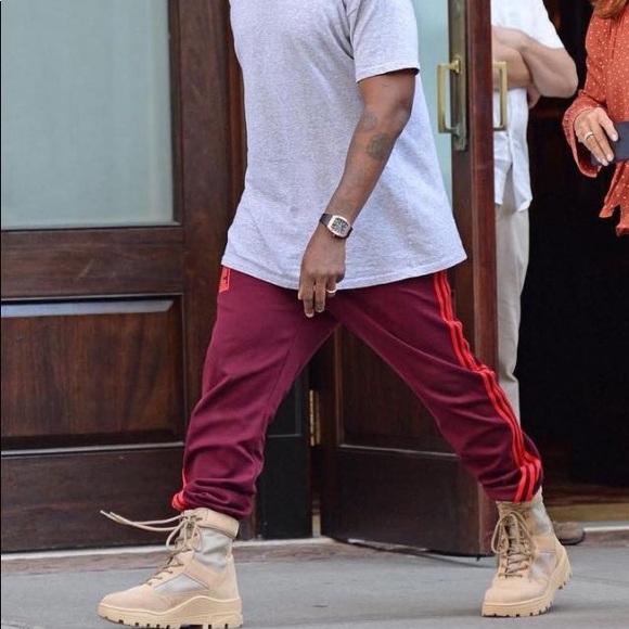 ffd1876c4 Kanye West Calabasas Pants. M 5a45841384b5cef9a80eb36e